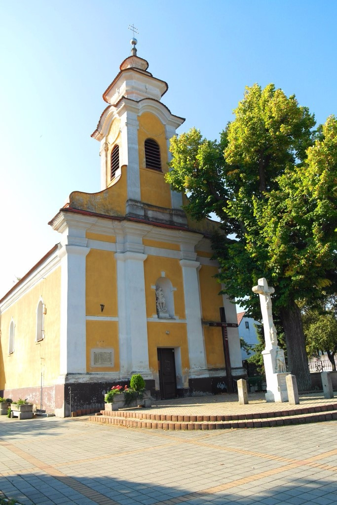 Kostol v Plaveckom Mikuláši