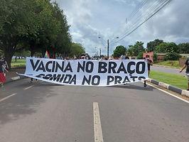 Manifestantes fazem ato contra garimpo e governo Bolsonaro em RR