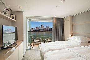 EW-Grand-Balcony-Suite-web.jpg