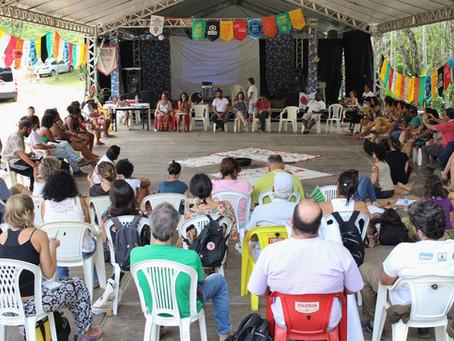 Seminários temáticos, plenárias e intervenções culturais marcam o terceiro dia do Encontro