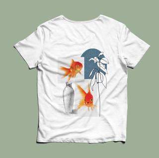 shirt goldie.jpg
