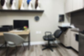 LFHS Salon 5-0389_preview.jpeg