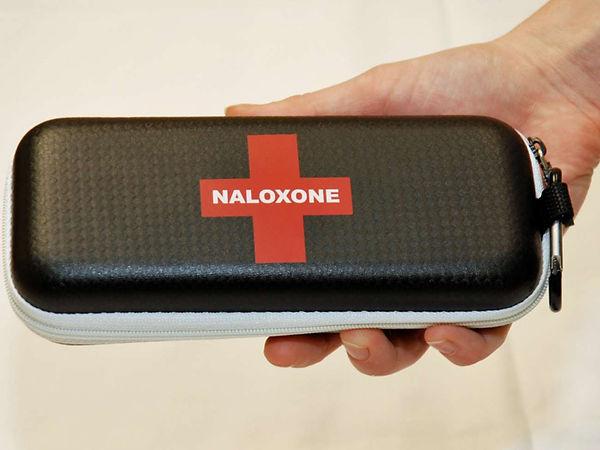 Naloxone-hand.jpg