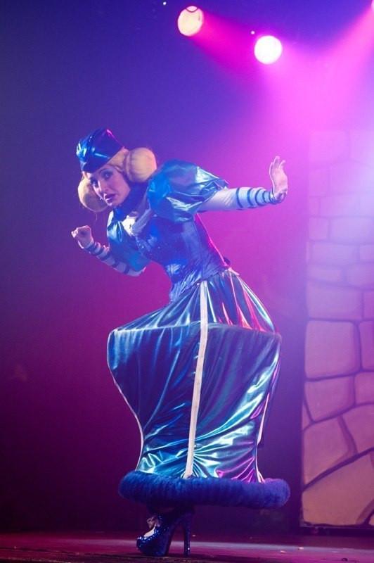 Robin des bois, la légende ou presque - Rôle de Lady Toc