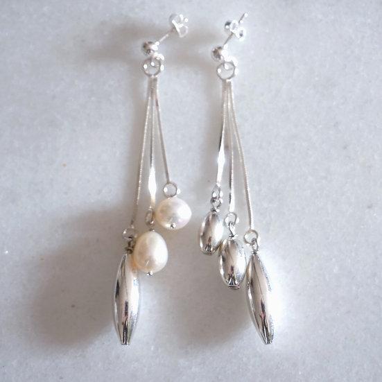 3 silver pearl earring