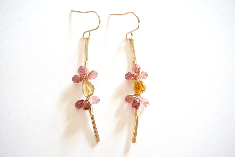 Flower tourmaline earring- pink