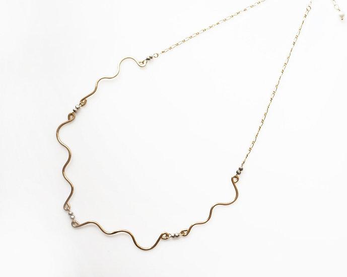 Snake line necklace