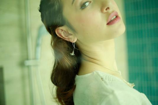 Bellflower pearl earring