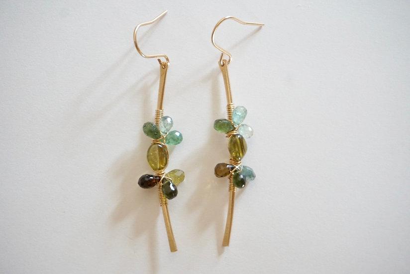 Flower tourmaline earring- green