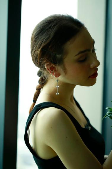 3 diamond quartz long earring
