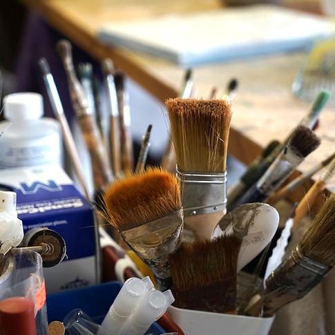the right brush