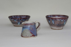 Small bowls with small jug