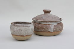 St Ives Casserole bowl and pot