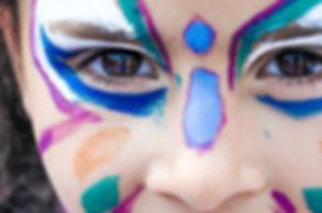 makeup-1909386_960_720.jpg