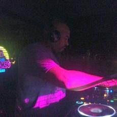 DJ b action