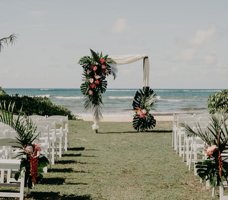 How To Plan a Hawaiian Wedding and Things You Need To Know