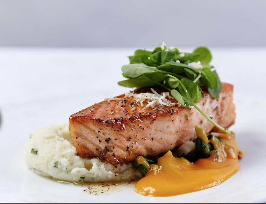 Fresh fish plate