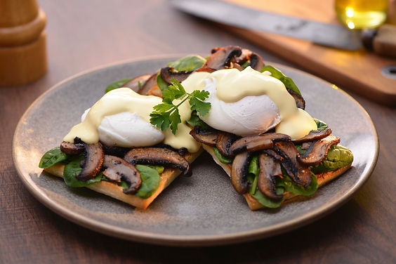 eggs-benedict-with-mushroom-spinach-upda