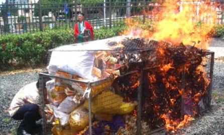 Sui Yee offerings.jpg