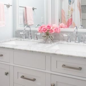 Tween Girls Bathroom