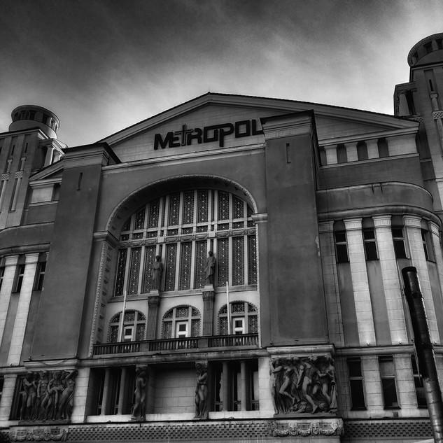 -METROPOL-
