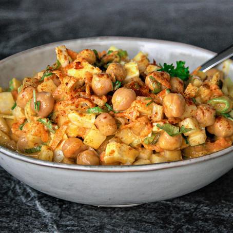 Fruchtiger Curry-Kichererbsen-Salat