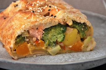 Gemüse-Lachsstrudel