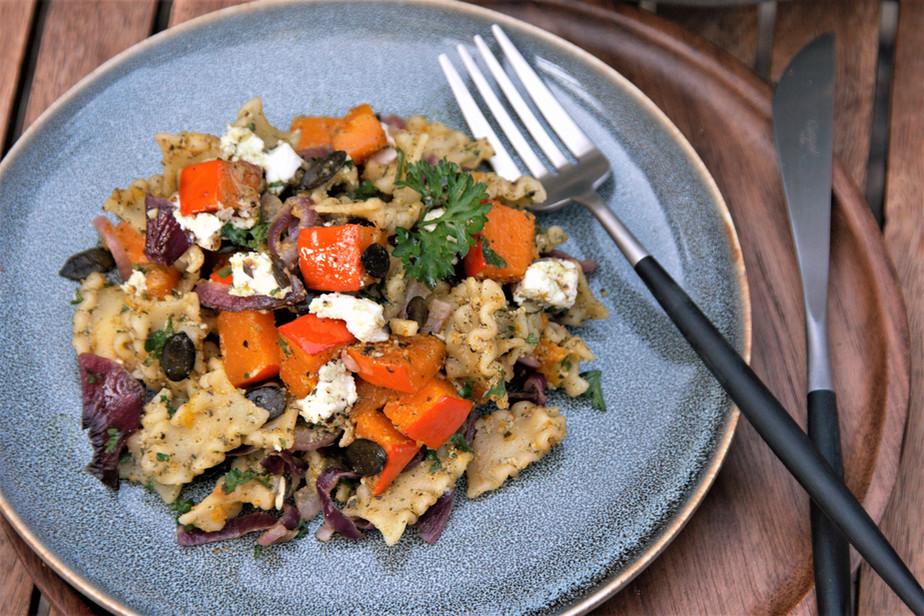 Herbstlicher Nudelsalat mit Kürbis und Ziegenkäse (Nr. 91)