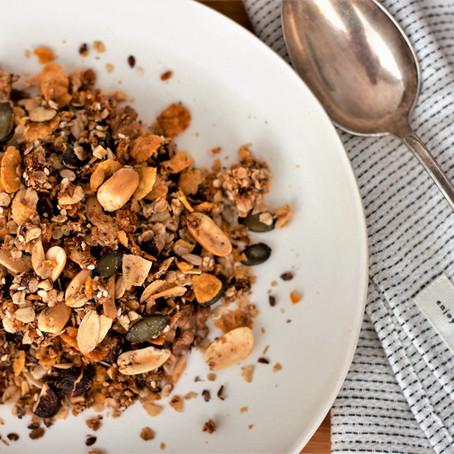 Erdnuss-Cornflakes Granola