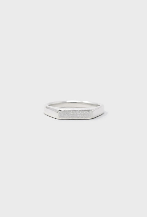 """U019 """" MIDDLE """" RING / SILVER"""