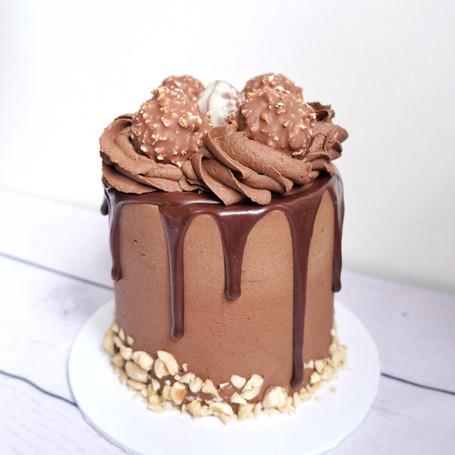 Chocolate Praline Mini Cake