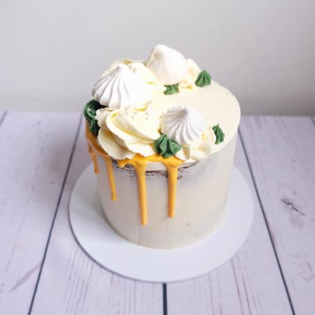 Lemon Meringue Drizzle Cake