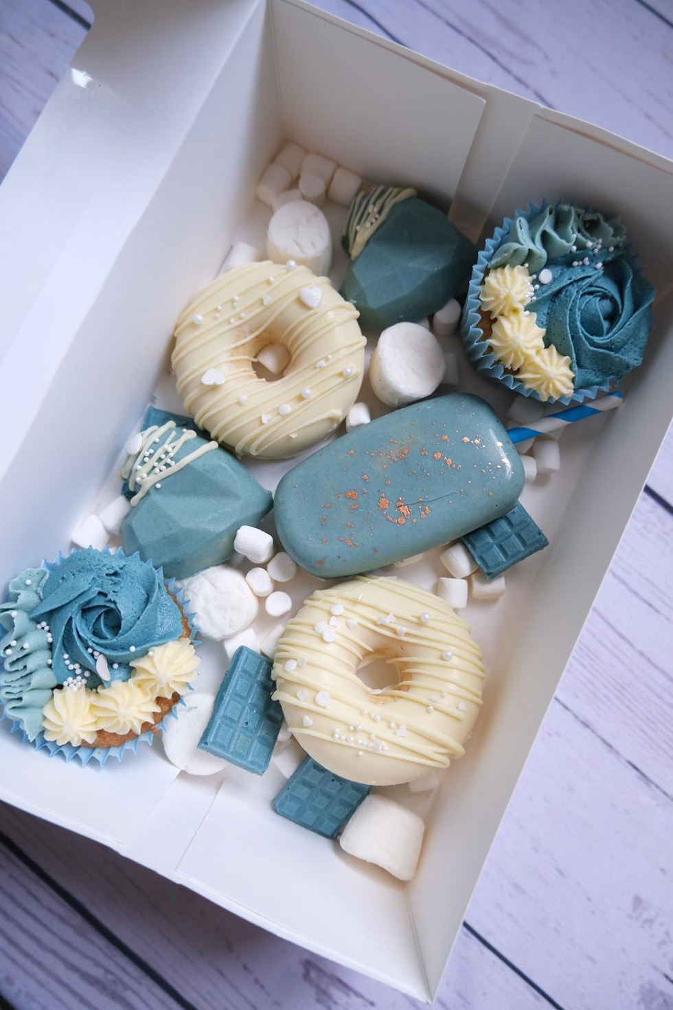 Teal and Cream Grazing Box