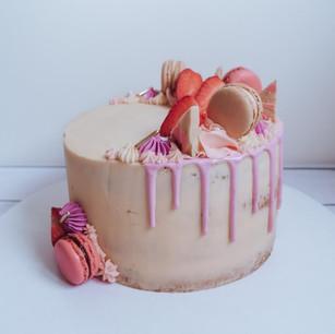 Strawberry and Prosecco Drip Cake