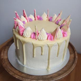 White Chocolate and Vanilla Cake
