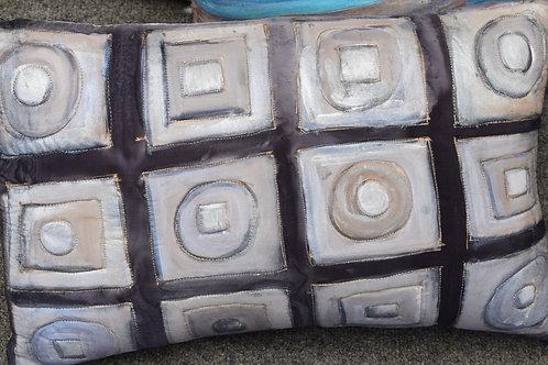 Circles and Squares Gray