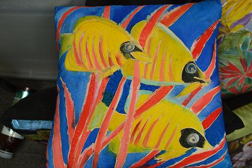 Yellow fish  16x16