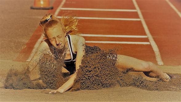 Erica landing-original zeke_LI.jpg