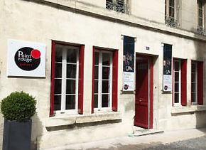 Point Rouge vitrine.jpg