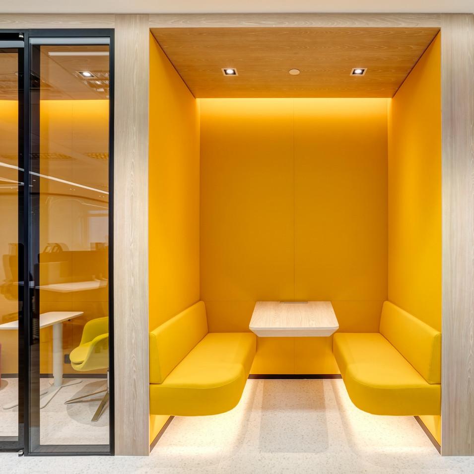Hony Capital Hong Kong office at IFC by YO Design