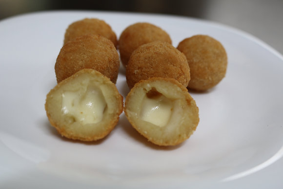 Mini Bolinho de Queijo (25 Uni.)