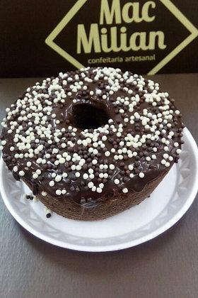 Bolo Caseiro de Chocolate com Cobertura de Trufa Belga e Crispe