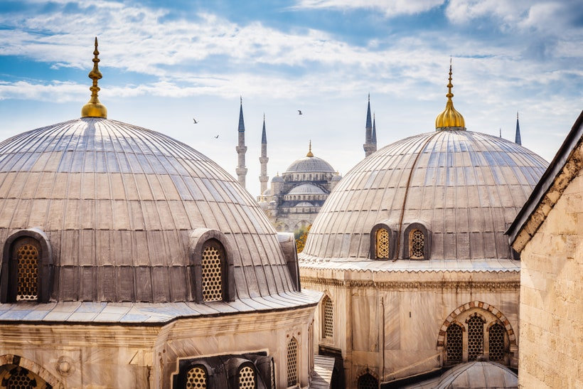 Istanbul,-Turkey_GettyImages-526928193.j