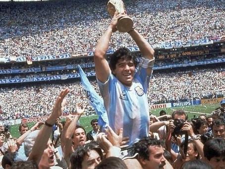 Morreu o maior jogador argentino de todos os tempos. Diego Armando Maradona aos 60 Anos de idade.