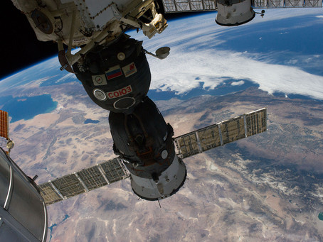 Veja como foi a nave espacial Soyuz MS-13, com cosmonauta Alexander Skvortsov e astronautas Luca Par