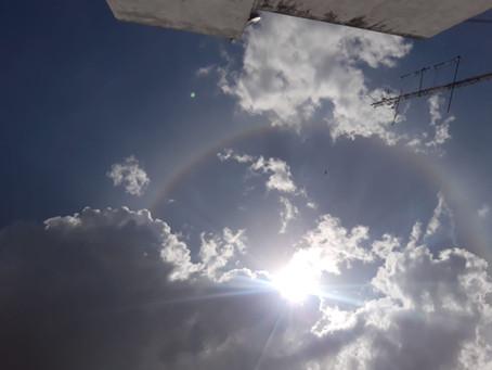 Halo é Fenómeno óptico, onde foi visto por muitas pessoas em Cedro-CE e cidades vizinhas .