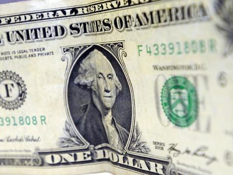 Dólar opera em alta e ultrapassa R$ 4,50