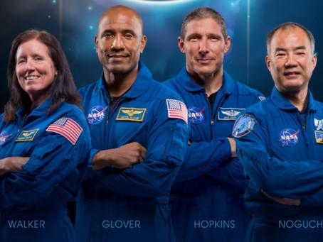 lançamento dos astronautas da Crew-1 neste domingo (15)