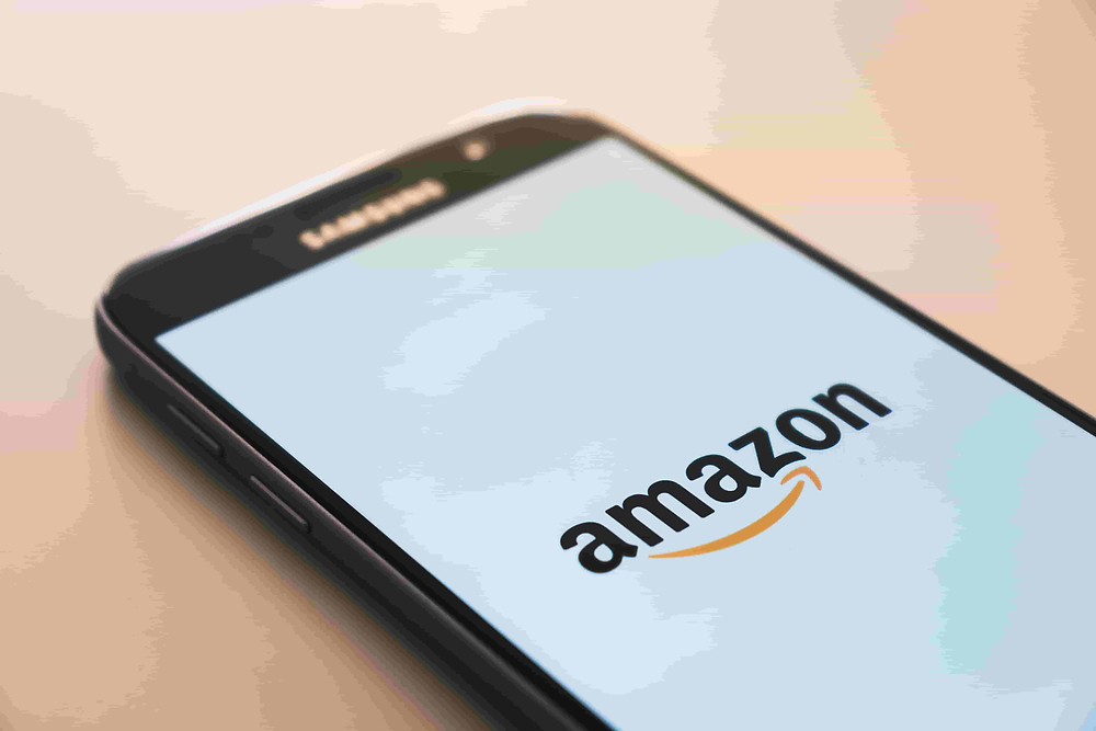 Amazon België of Amazon.be bestaat nog even niet. Toch kan je op Amazon winkelen in België met gratis verzending.