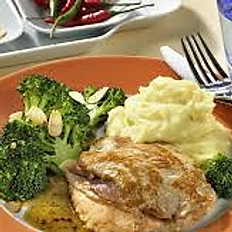 Chicken Stuffing & Ham served with mash potatoes and Vegetables